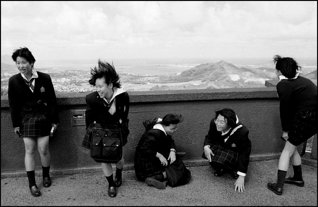 'Skirting Trouble' Pali Lookout, Hawaii 1998